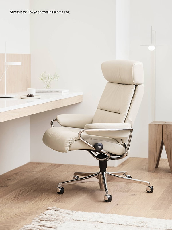 Stressless Tokyo with Head Rest in Paloma Fog